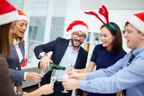 Die Weihnachtsfeier im Unternehmen – (K)ein Fest unter Freunden