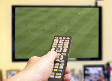 Zu Hause Fußball gucken: 10 Benimm-Regeln
