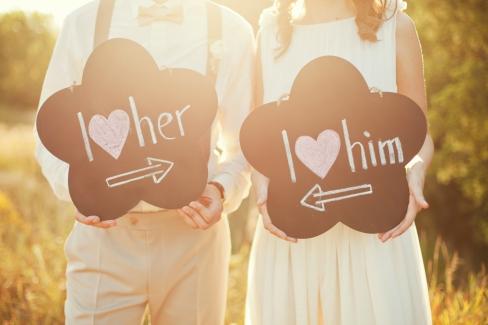 Glückliche Beziehung trotz großem Altersunterschied – ist das möglich?