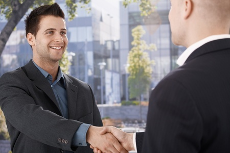 Erster Tag im neuen Job: Knigge- und Verhaltenstipps