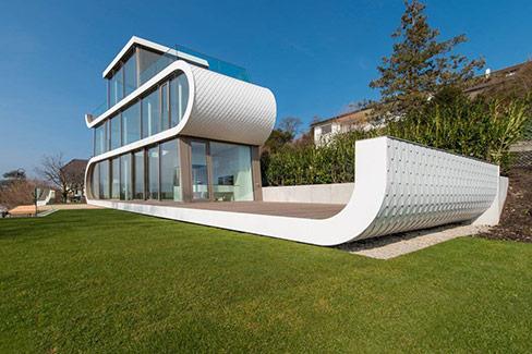 Exklusive Villa in Schiffsform