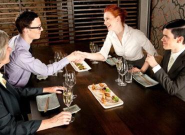 Businesslunch: Geschäftsessen-Knigge