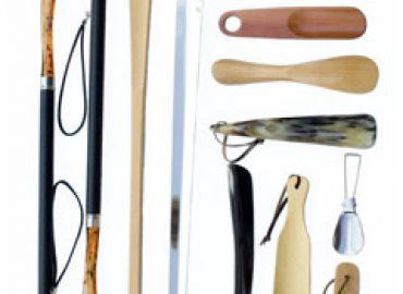Passive Schuhpflege – Schuhlöffel und Schuhspanner