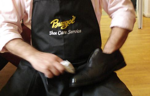 Vor Ort: Heiteres Schuhpflege-Seminar von Burgol